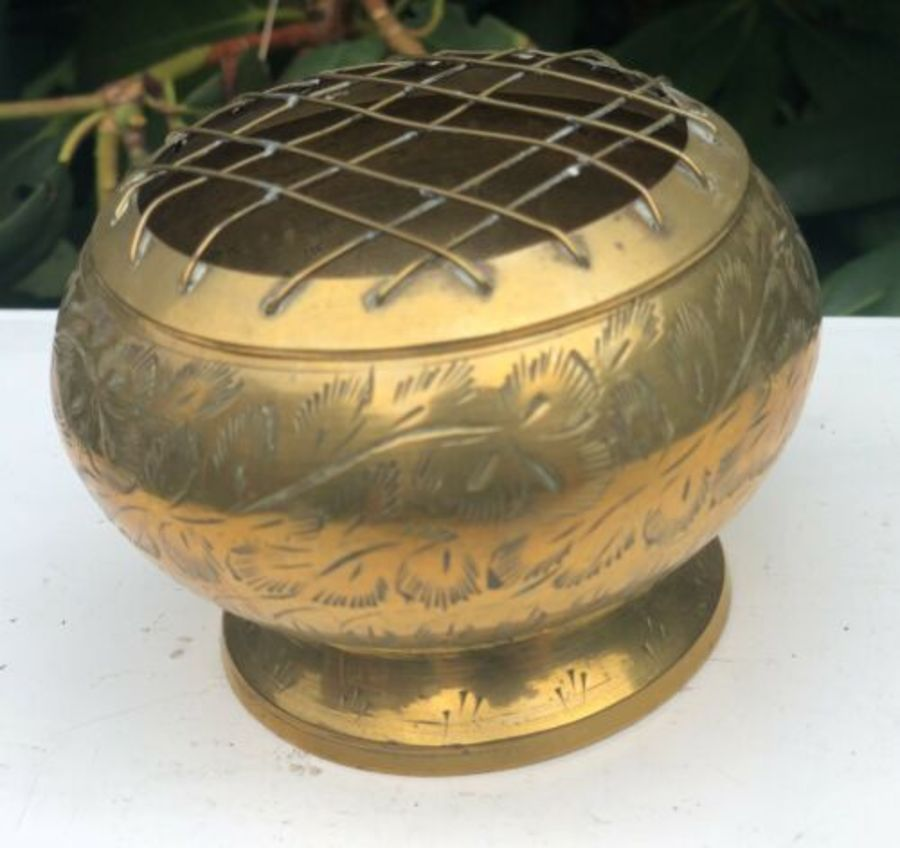 Antique Brass Small Graveside Flower Pot Holder Display Floral Funeral Memorial