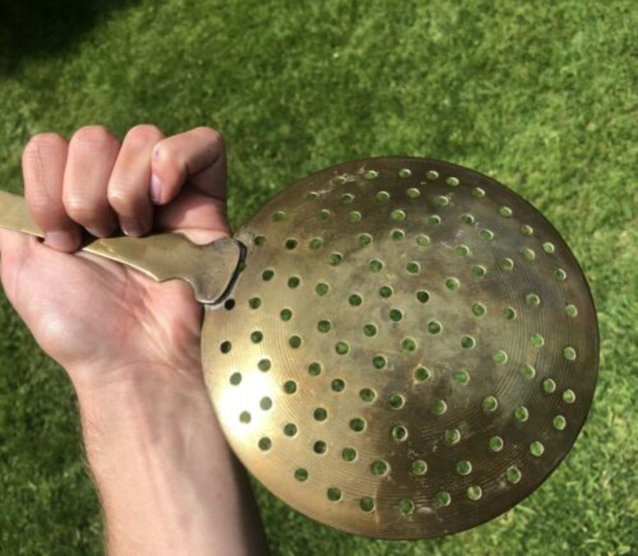 Antique Antique Brass Fireplace Oil Skimmer Or Large Spoon Sifter Sieve Filter Strainer