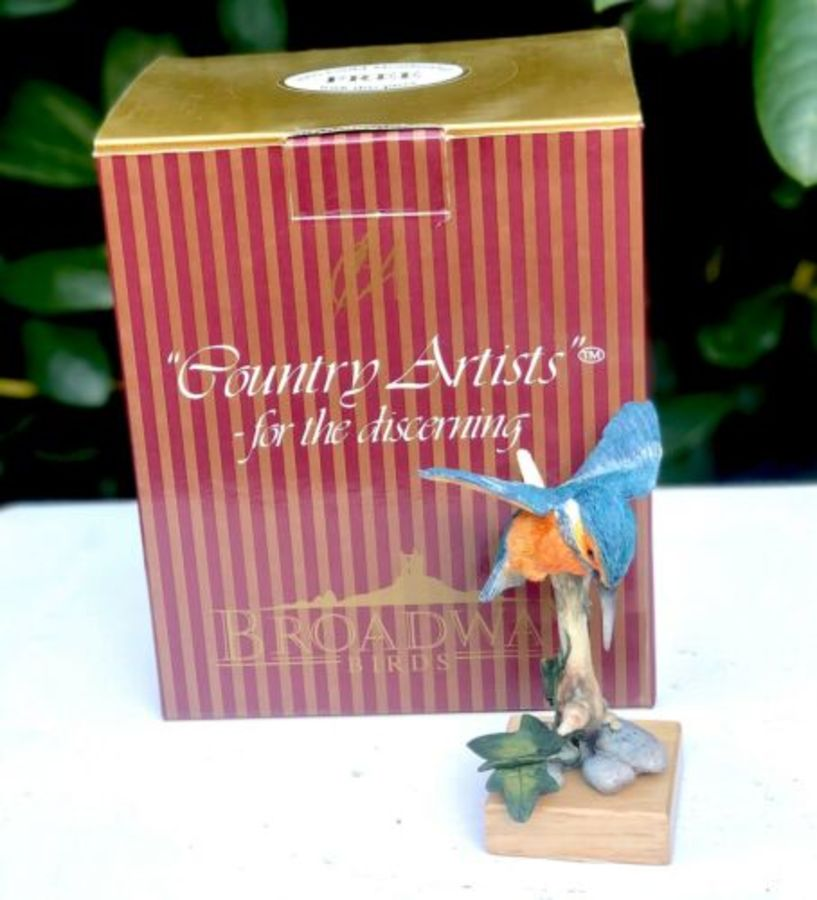 Country Artist Broadway Birds Kingfisher Figure Figurine Ornament Sculpture
