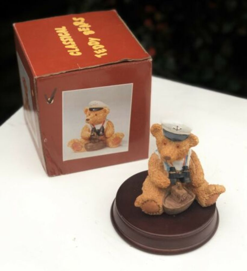 Minster Giftware Classical Teddy Bears Resin Ship Boat Vessel Captain Figure