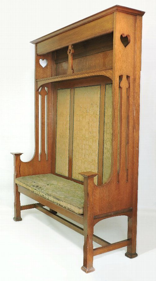 Large Arts & Crafts Oak Settle Glasgow School