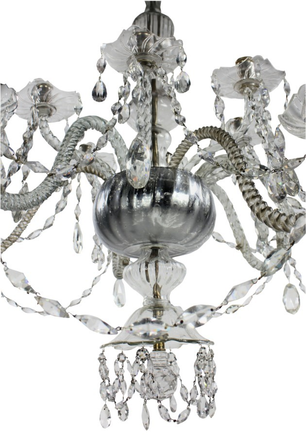 Antique A LARGE EARLY 19TH CENTURY VENETIAN CHANDELIER