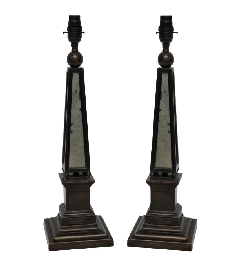 A PAIR OF OBELISK LAMPS WITH MIRROR PANELS
