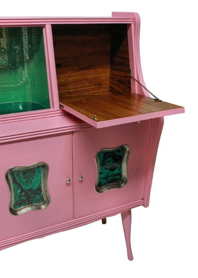 Antique AN ITALIAN MID CENTURY BAR CABINET IN PINK LACQUER WITH MALACHITE PANELS