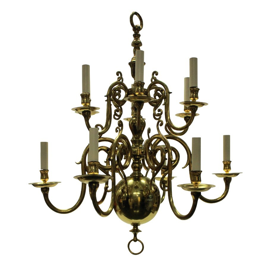 AN ENGLISH XVII CENTURY STYLE CHANDELIER