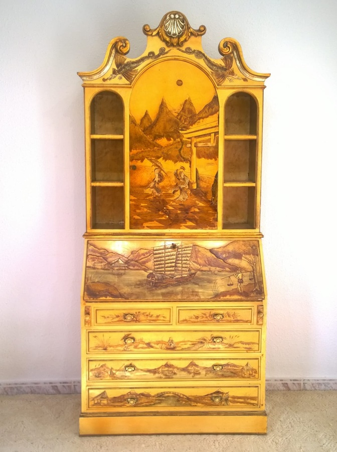 Spanish polychrome bureau bookcase with chinoiserie in refief