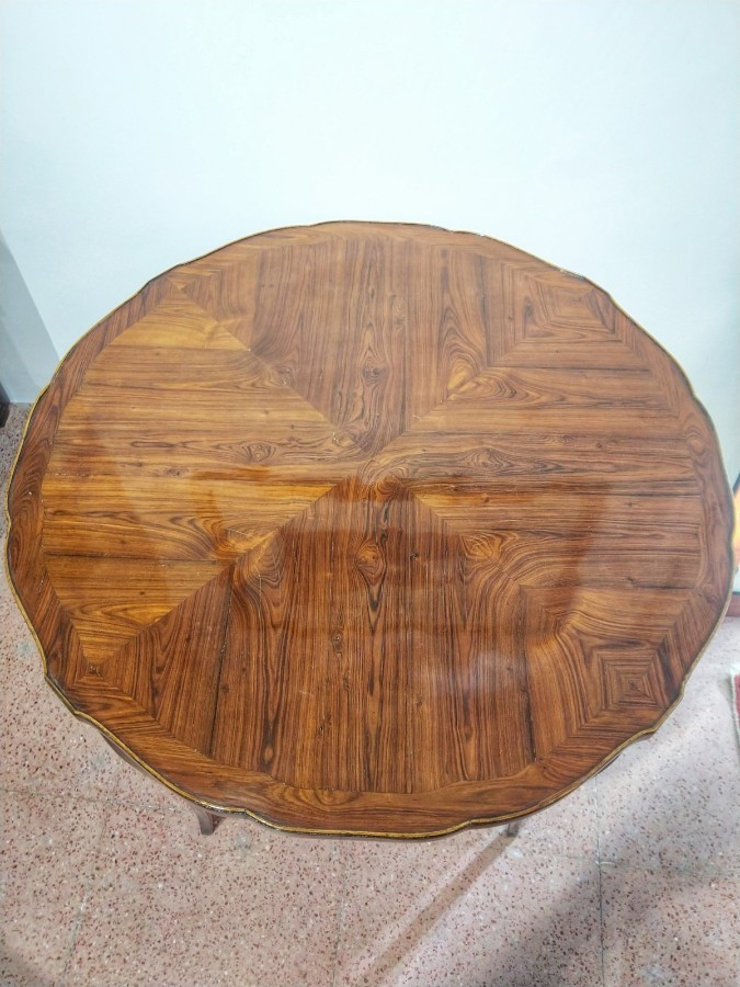 Tea Table In Rosewood 19th Century