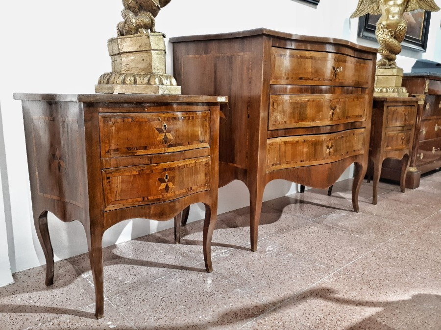 Italian Commode And Night Tables Louis XVI In Walnut 18th Century