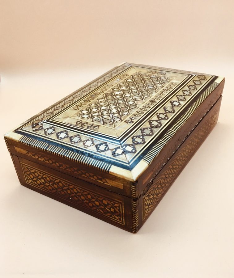 Vintage Mother of pearl inlaid work /jewellery box,