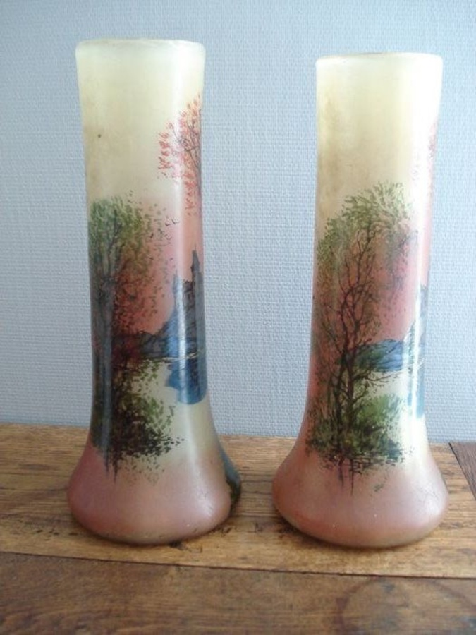 A pair of Art Nouveau vases.