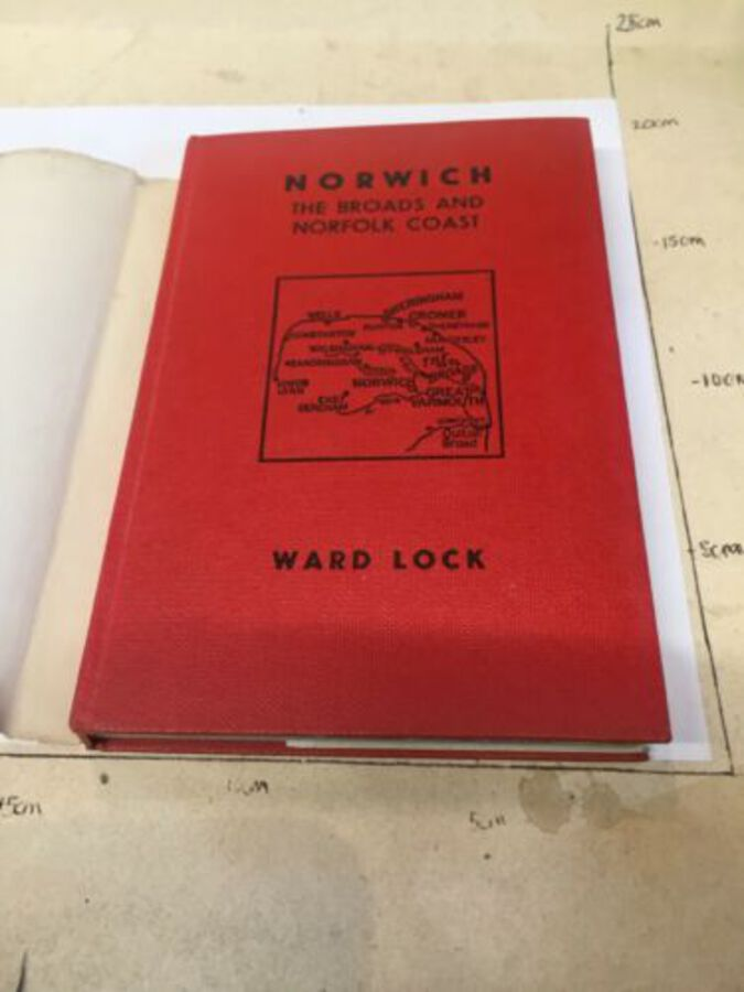 Antique Vintage Book: The Norwich The Broads and Norfolk Coast Wardlock
