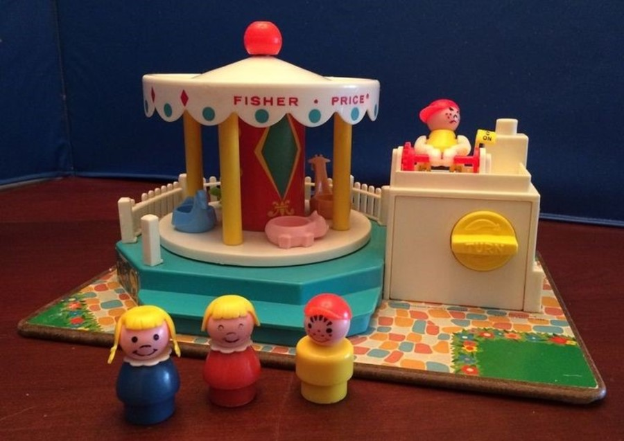 VINTAGE 60'S FISHER PRICE TOYS IN EXCELLENT CONDITION