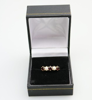Antique Antique Jewellery 18ct Gold Pearl & Garnet Ring Size R- Boxed C.late 19th / early 20thC