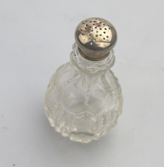 Antique Antique Solid Silver & Cut Glass / Crystal Victorian Pepper Shaker C.1898