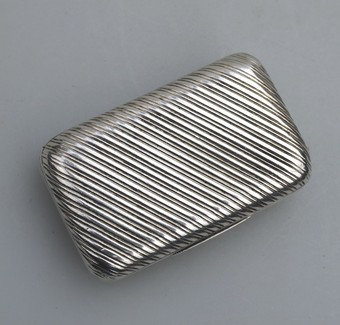 Antique A GOOD FRENCH SOLID SILVER REEDED RECTANGULAR SNUFF BOX C.1830
