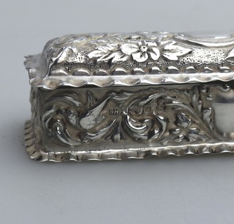 Antique Antique Solid Silver a pretty Box with birds, flora, scrolls etc... Birm 1898