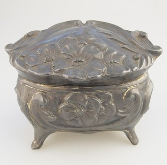 Antique Art Nouveau Antique Metalware a pretty floral Trinket Box C.1890