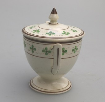 Antique Antique English Pottery Wedgwood Creamware Lidded Loving Cup C.1905
