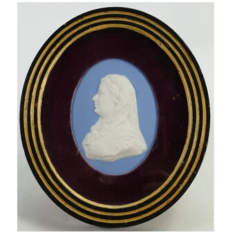 A good antique Wedgwood framed Jasperware Portrait Miniature Medallion C.1820