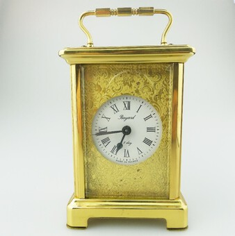 A pretty Bayard mechanical winding 8-day Carriage Clock C.20thC