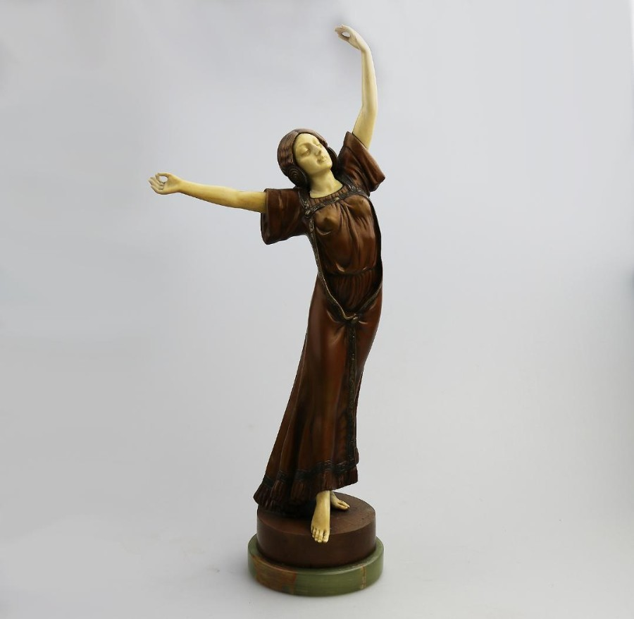 An Art Nouveau Bronze And IVory Sculpture By Peter Teresczuk Of / Type The Famous American Dancer Isadora Duncan C.1915