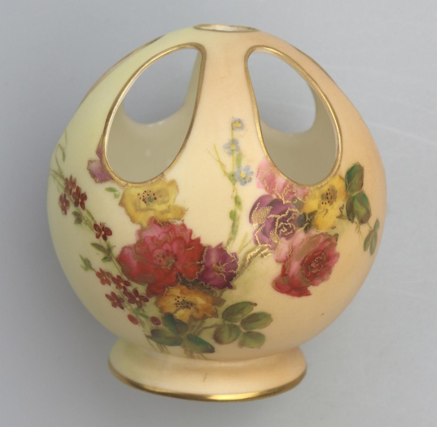 Antique Porcelain Unusual Royal Worcester Blush Pomander Potpourri Vase 991 1884