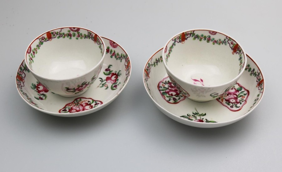 Antique English Porcelain an attractive pair of New Hall Tea Bowls & Saucers C.18thC