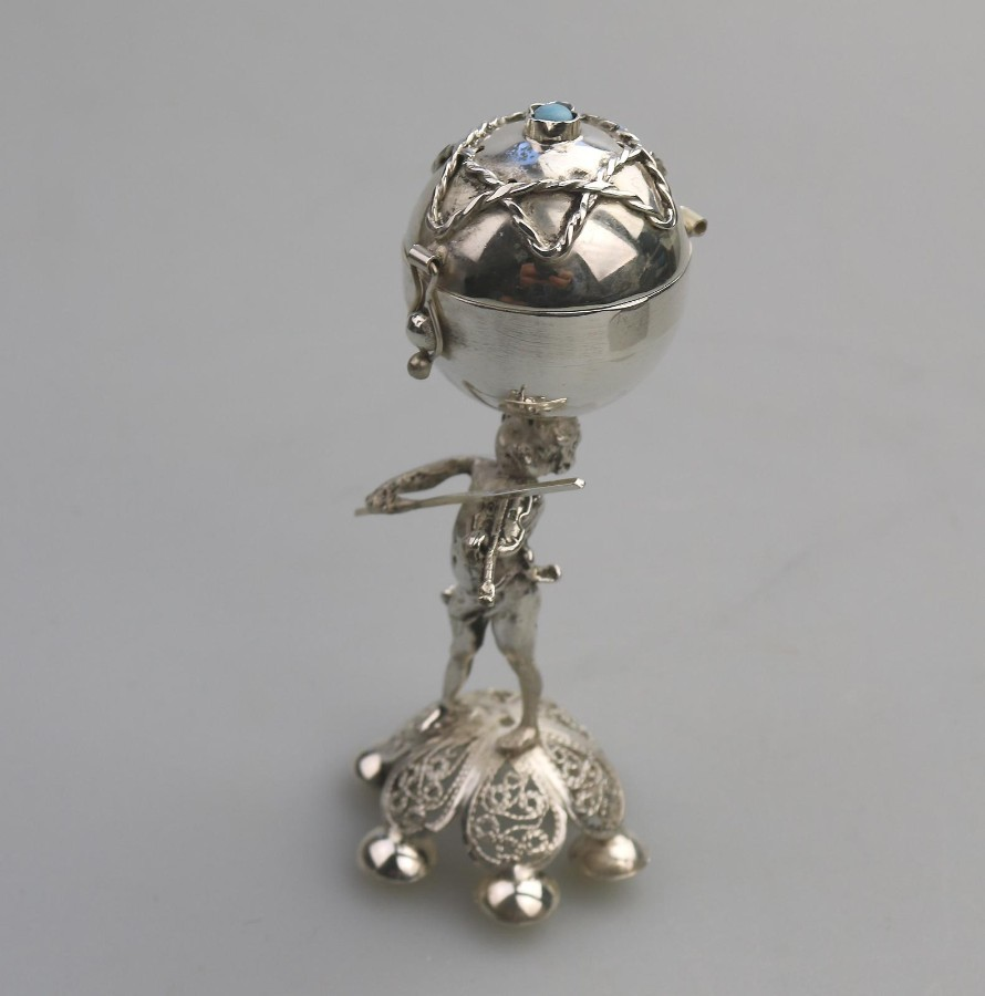 Antique /Vintage Russian Judaica Solid Silver novelty Cherub Putti musician Balsamine