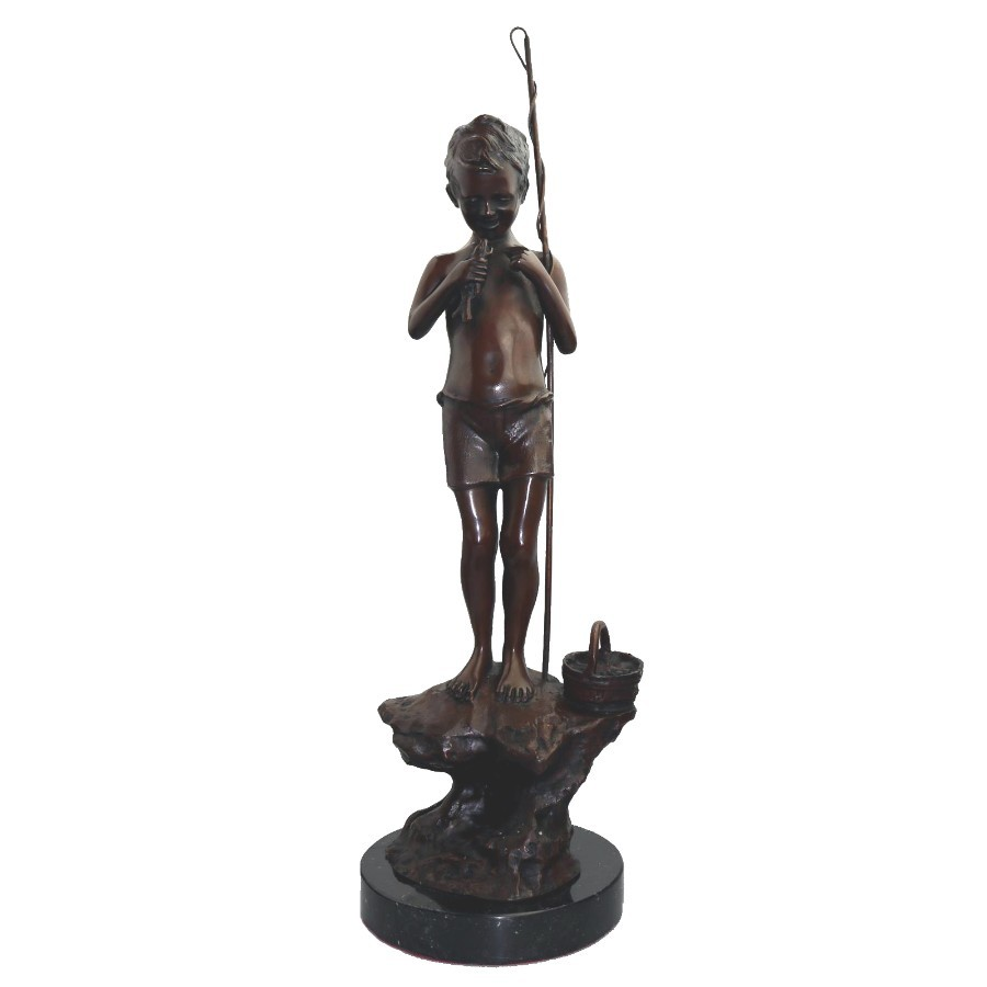 After Giovanni de Martino a V fine quality & large Bronze Fishing Boy 20thC