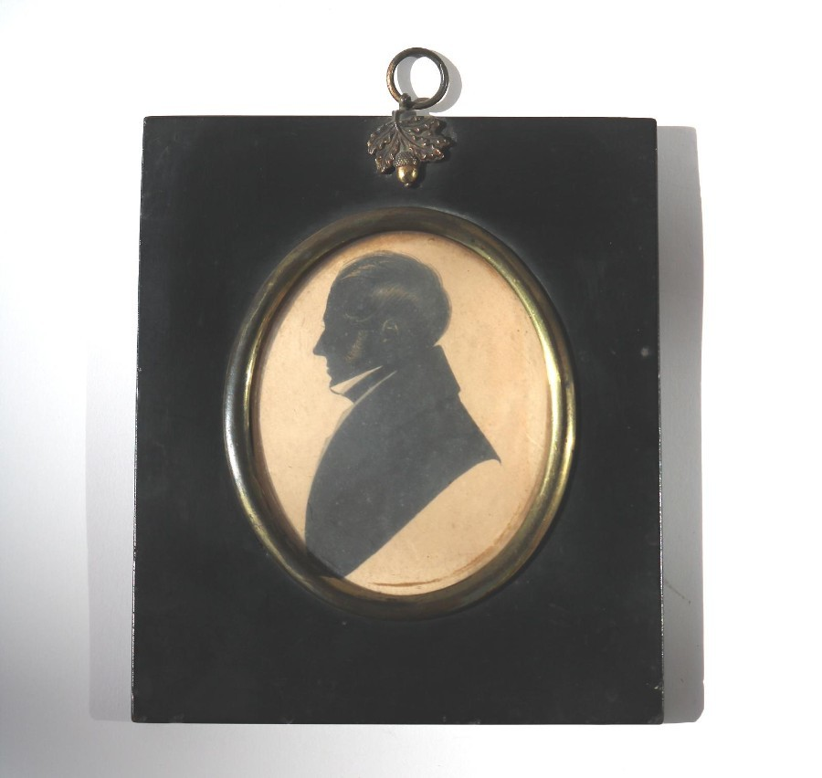 Antique Silhouette : A bronzed picture of a Gentleman C.19thC