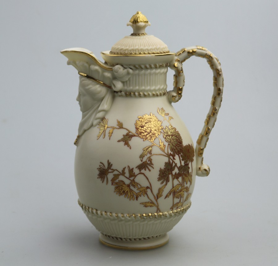 Antique English Porcelain: A good Royal Worcester lidded Mask Jug C.1889