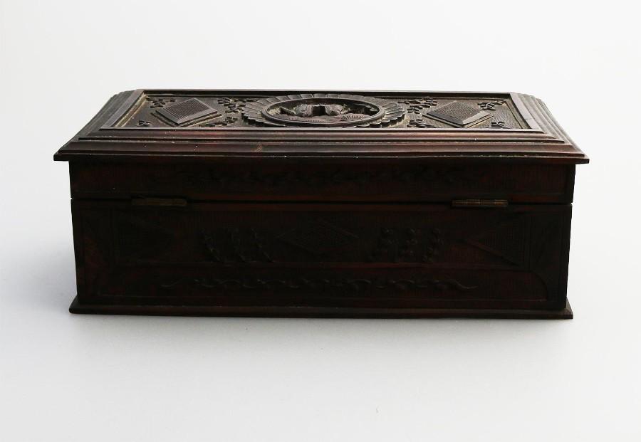 Antique Antique Oriental : a medium Chinese carved Box C.1900+