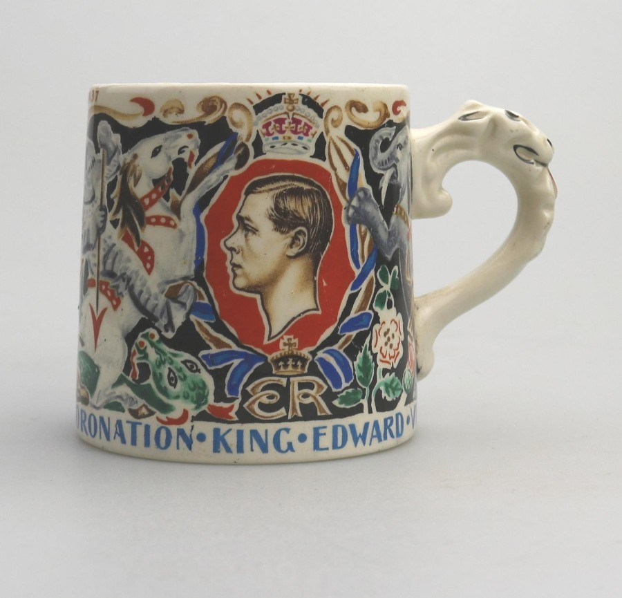 British Art Pottery Dame Laura Knight Edward VIII Commemorative C.1937