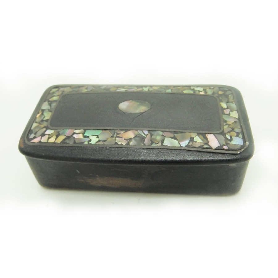 Antique English Collectibles a Georgian Paper Mache & MOP Snuff Box C. early19thC