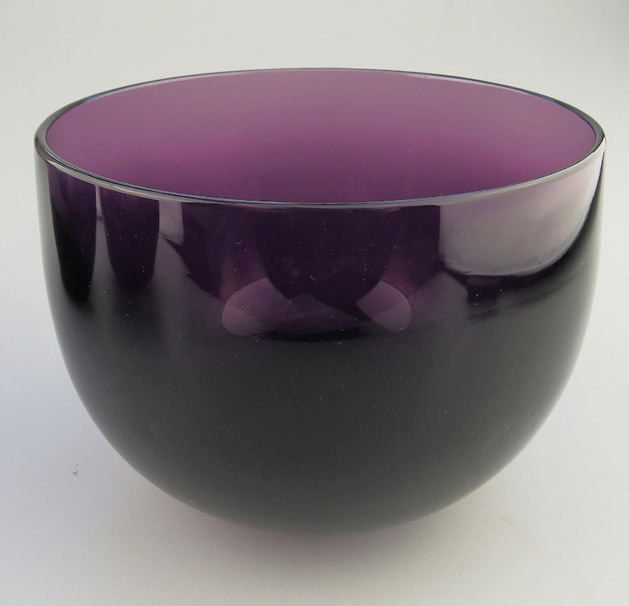 Antique English Amethyst coloured Glass a scarce Victorian Finger Bowl C.19thC