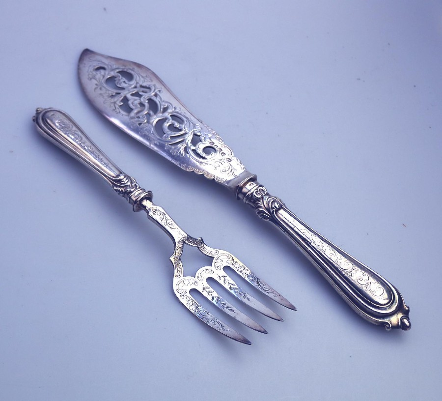 Antique Solid Silver & Silver Plate Servers very fine pierced & engraved Fish Servers C.1852
