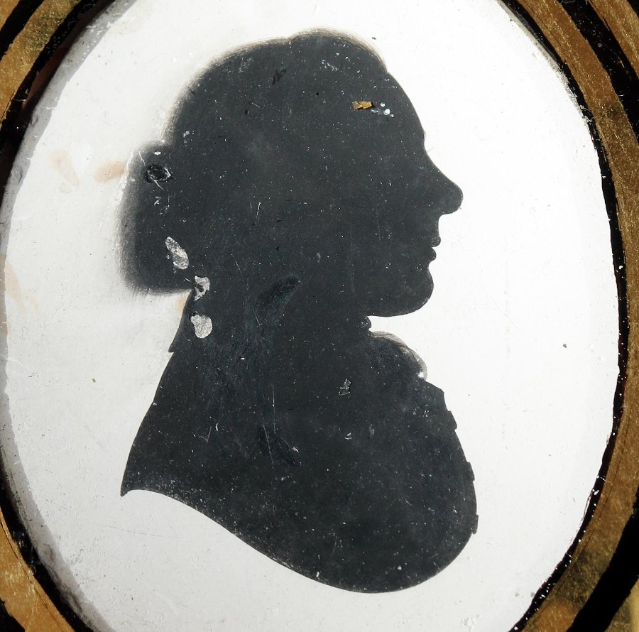 Antique Antique Silhouette : A plaster picture of a Rector, verre eglomise glass C.19thC