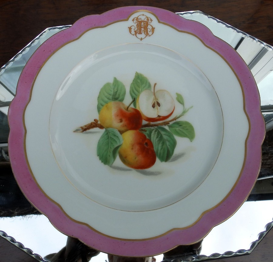 Antique Paris Porcelain : Fine Pillivuyt & Co hand painted scalloped Plate C19th