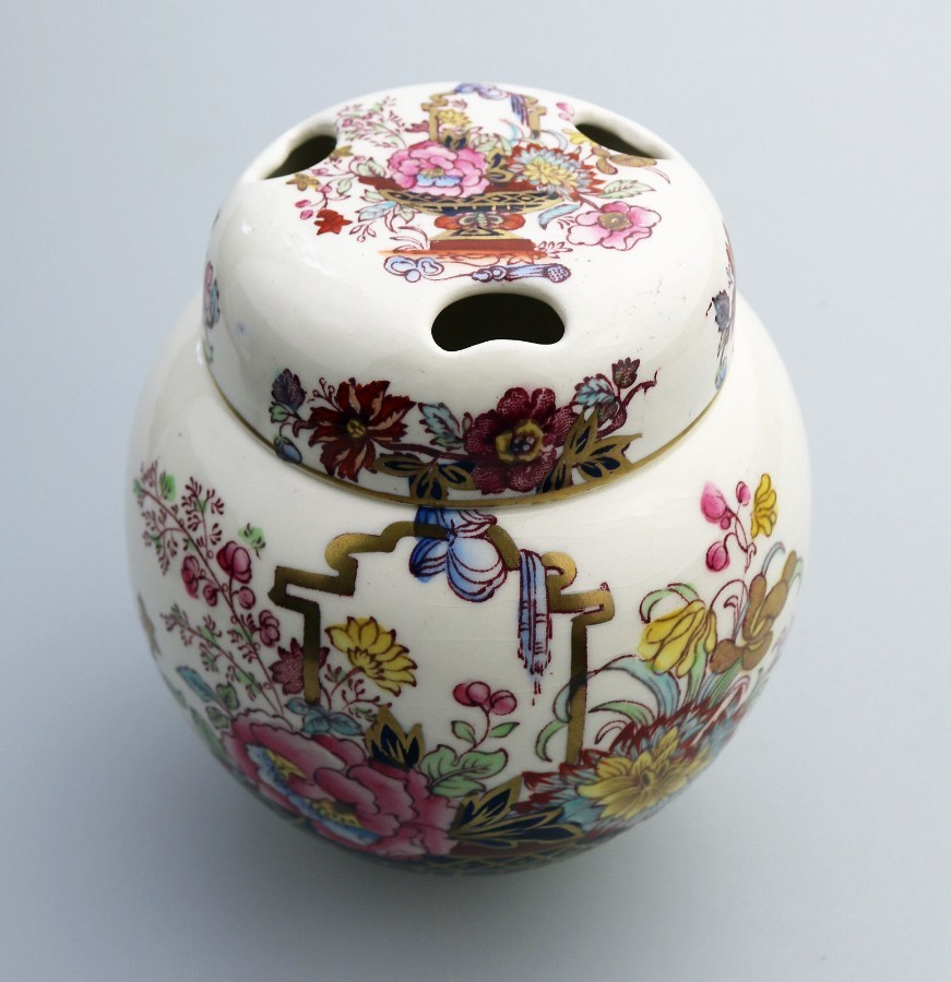 Antique Mason's Ironstone Hand Painted Pot Pourri Lidded Jar Brocade Pattern c.1920-40