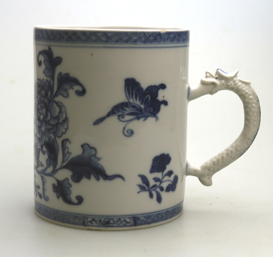 Antique Antique Chinese Export B&W Porcelain dragon handled large Tankard C.19thC