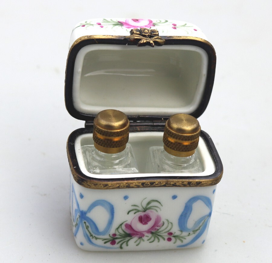 Antique A very pretty vintage hand painted Limoges travelling Scent Bottles C. 20thC