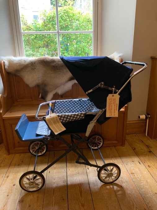 Mid century pram, never used