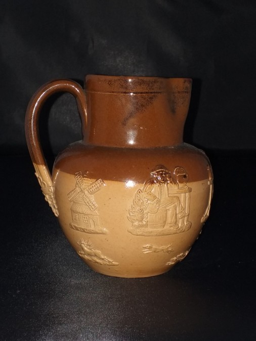 Doulton Lambeth Two Tone Jug