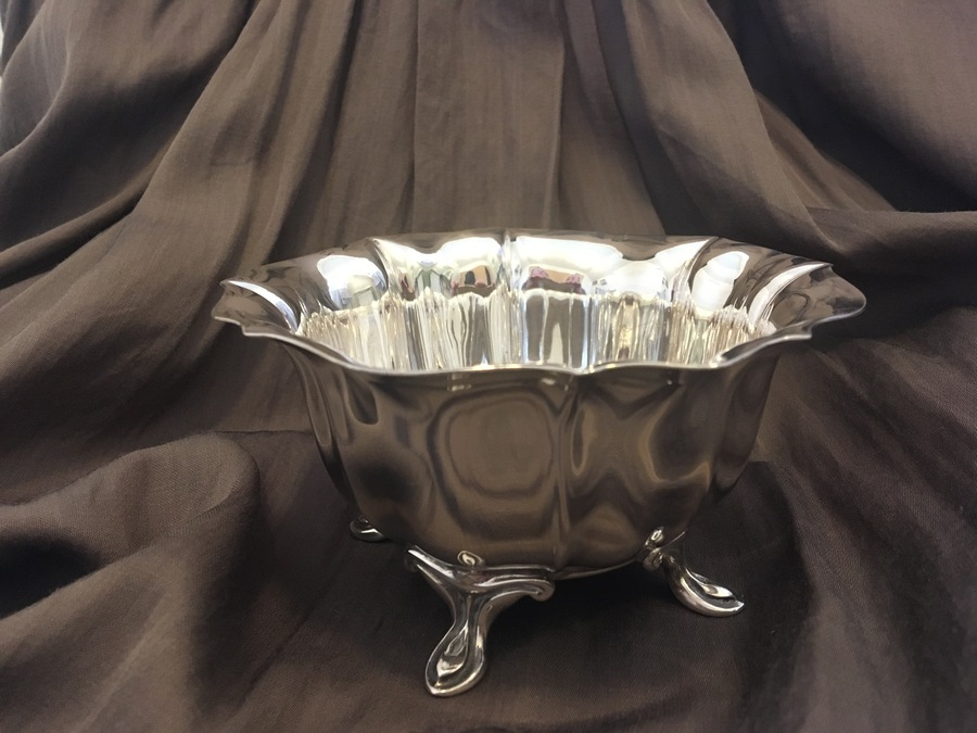 Scottish Provincial Silver Bowl 1902 by James Ramsay - made in Dundee, assayed in Sheffield