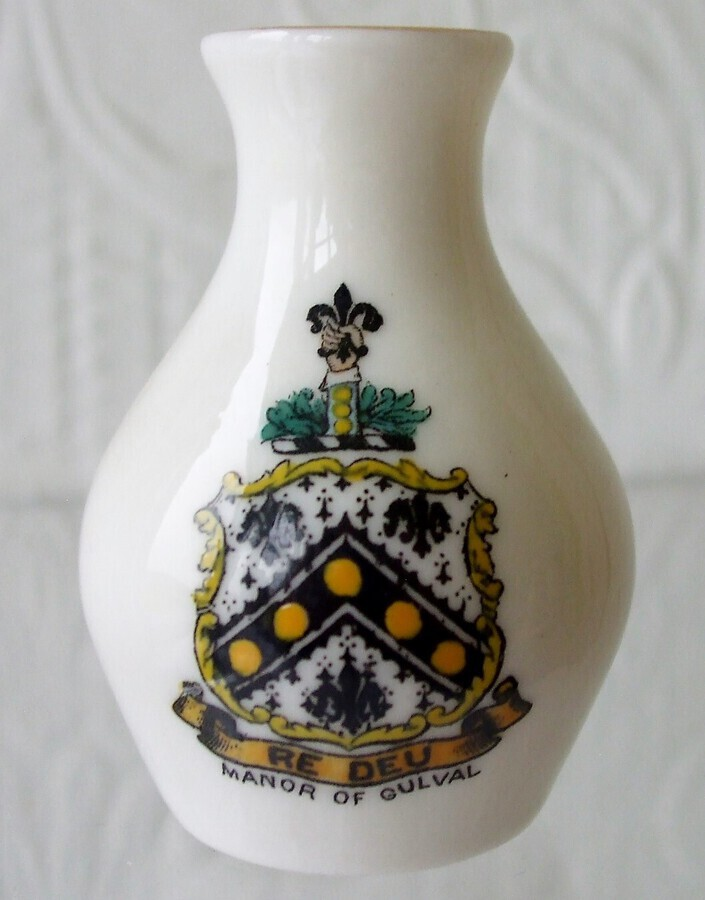 Antique W.H. Goss ~ Swindon Vase ~ A.C.C. No. 268 ~ Manor of Gulval