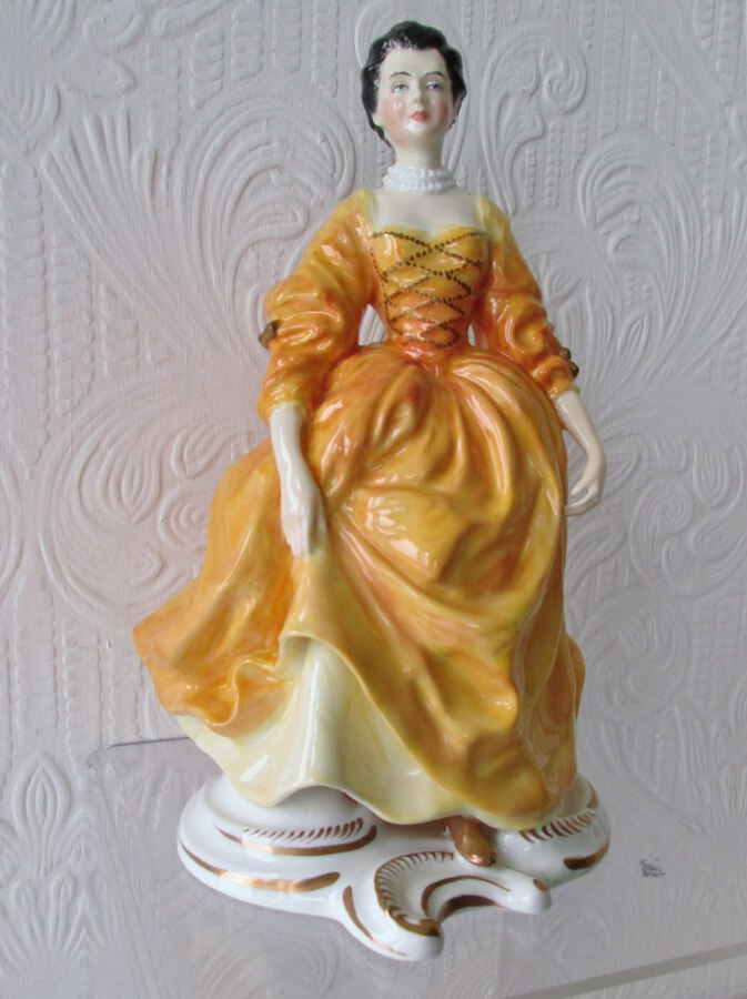 "English Studio Pottery Porcelain Figurine ~ ""Marquise de Pompadour"" ~ Reginald Johnson"