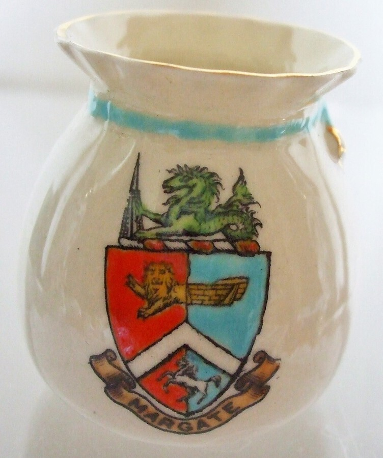 W.H. Goss ~ Fairy Bag Vase ~ Crinkle Top ~ Margate