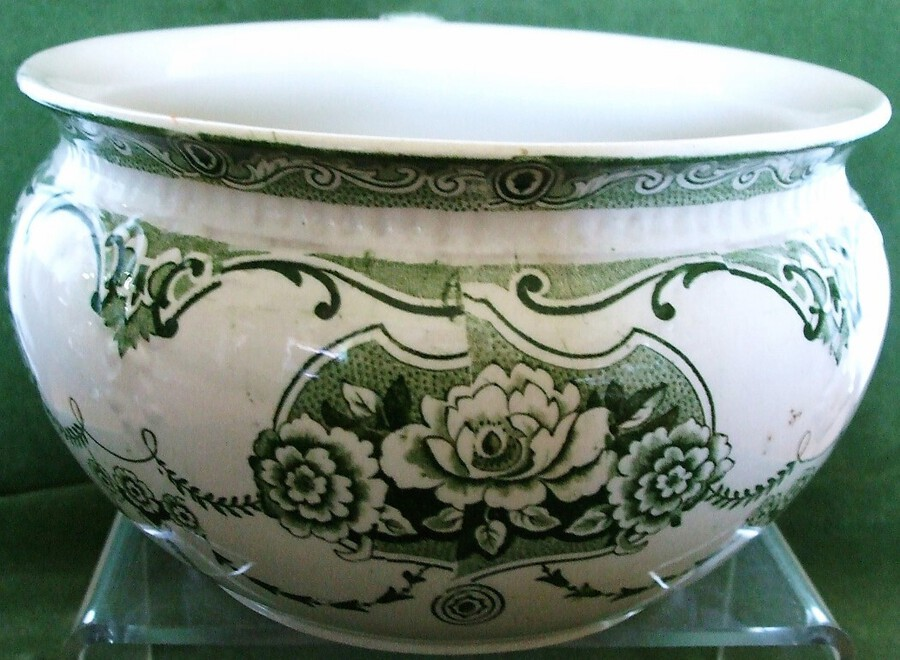 "Antique Antique English Victorian Art Nouveau ""Clyde"" Pattern Pottery Chamber Pot ~ Ford and Sons"