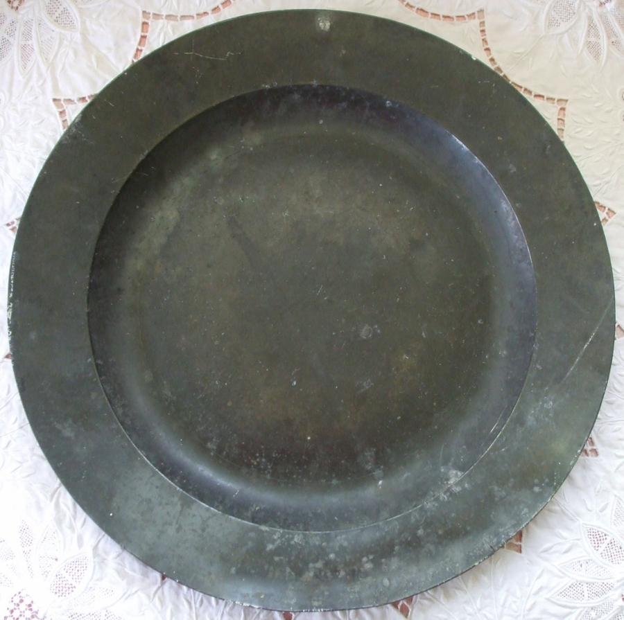 Antique English Georgian Pewter Dish / Charger
