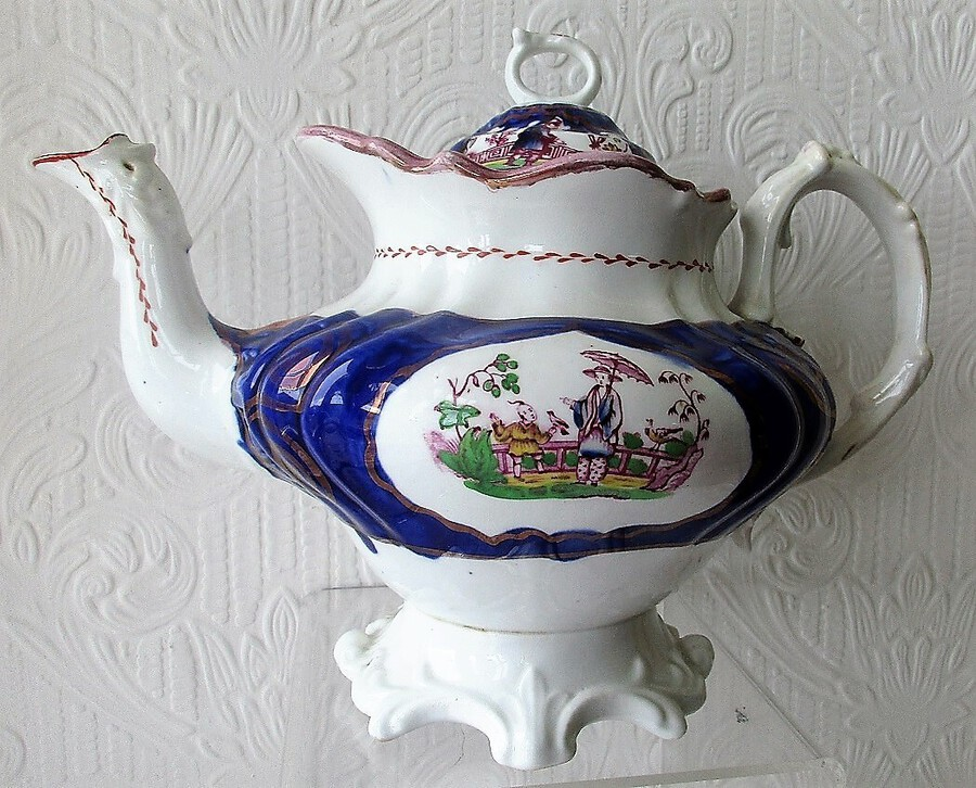 "Antique Victorian Gaudy Welsh ""Chinoiserie"" Pattern Porcelain Teapot"